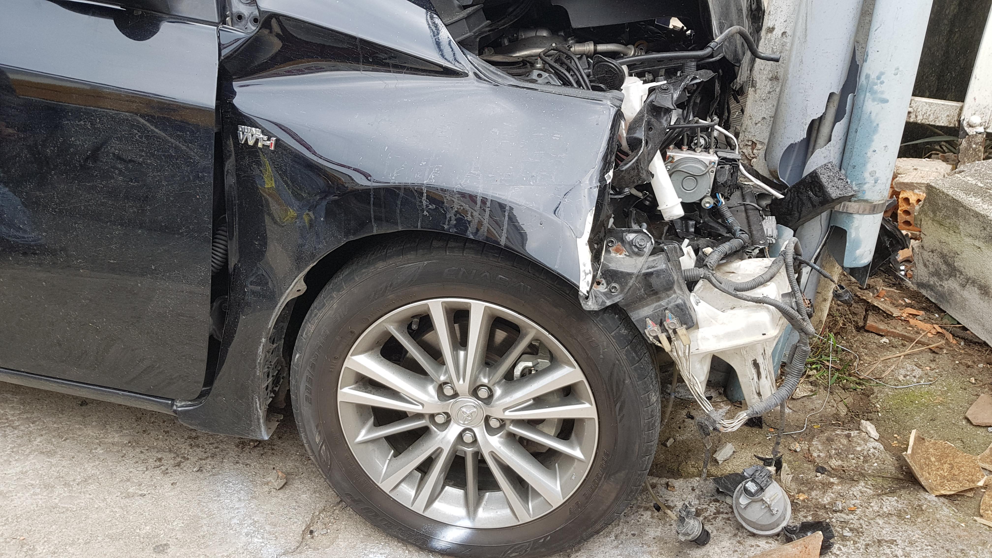Tài xế nghi ngáo đá gây tai nạn liên hoàn trên đường phố Đà Lạt Ảnh 4