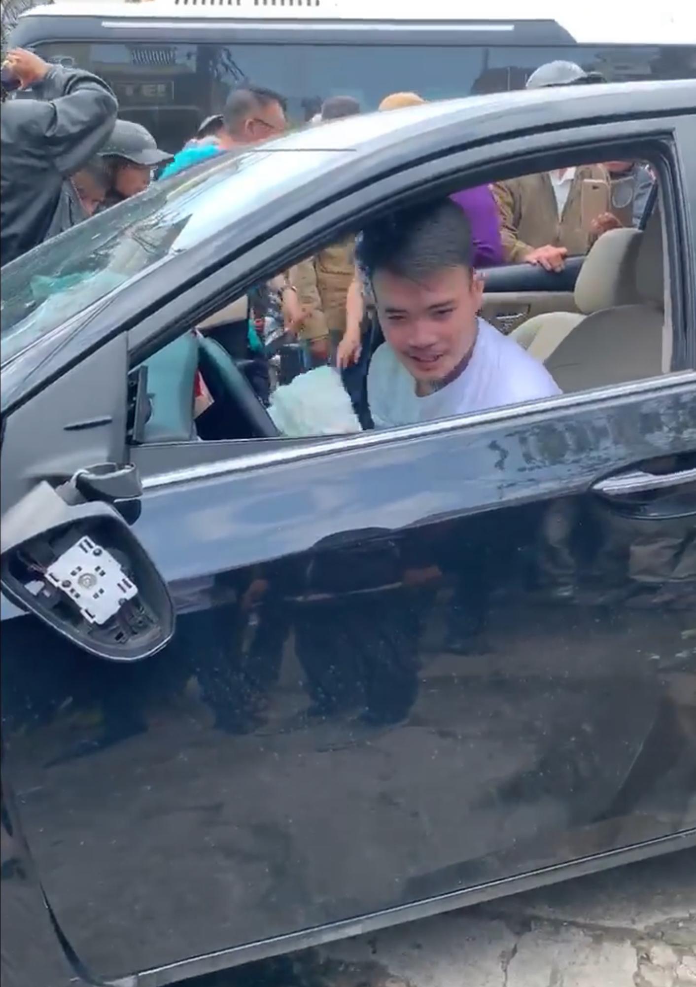 Tài xế nghi ngáo đá gây tai nạn liên hoàn trên đường phố Đà Lạt Ảnh 6