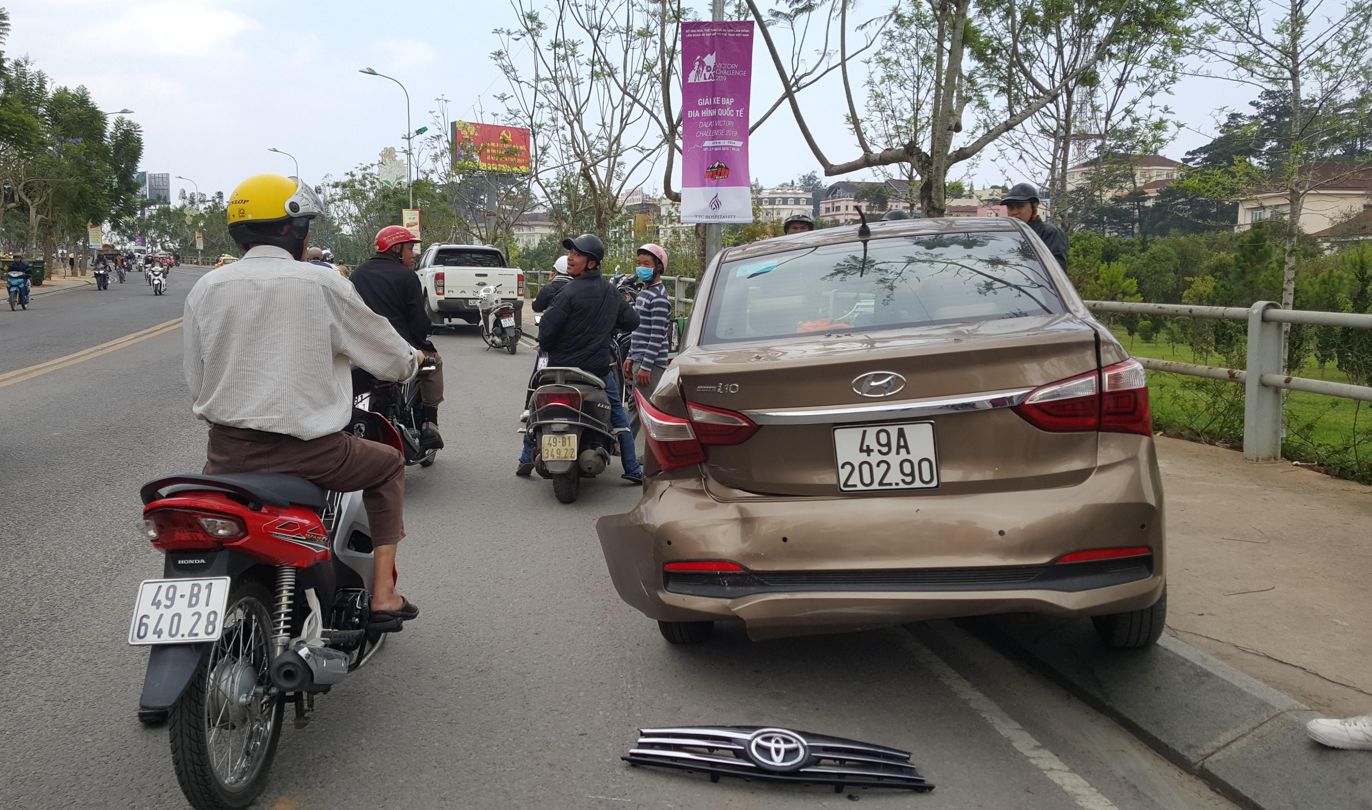 Tài xế nghi ngáo đá gây tai nạn liên hoàn trên đường phố Đà Lạt Ảnh 2