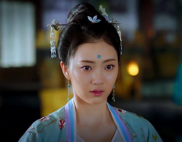 Cùng biết tin Tự Nương mang thai, nhưng nhìn biểu cảm của Tiểu Phong và Triệu Sắt Sắt trong 'Đông cung' sẽ hiểu ai yêu Lý Thừa Ngân hơn cả Ảnh 2