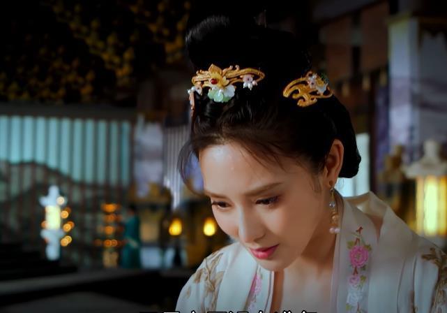 Cùng biết tin Tự Nương mang thai, nhưng nhìn biểu cảm của Tiểu Phong và Triệu Sắt Sắt trong 'Đông cung' sẽ hiểu ai yêu Lý Thừa Ngân hơn cả Ảnh 10
