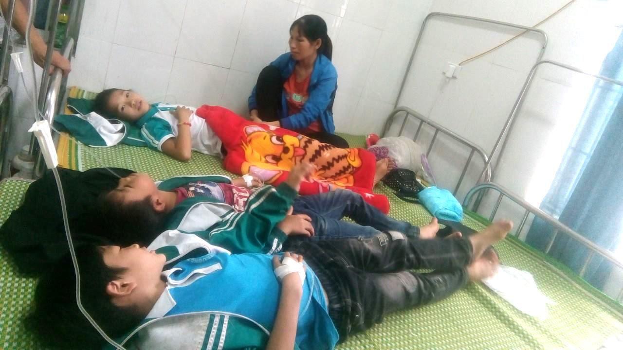 23 học sinh tiểu học ở Thái Nguyên phải cấp cứu sau khi uống sữa miễn phí Ảnh 1