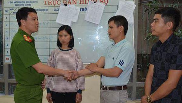 Nữ sinh lớp 12 bỏ nhà đi làm thuê khiến gia đình hoang mang 'cầu cứu' công an Ảnh 1