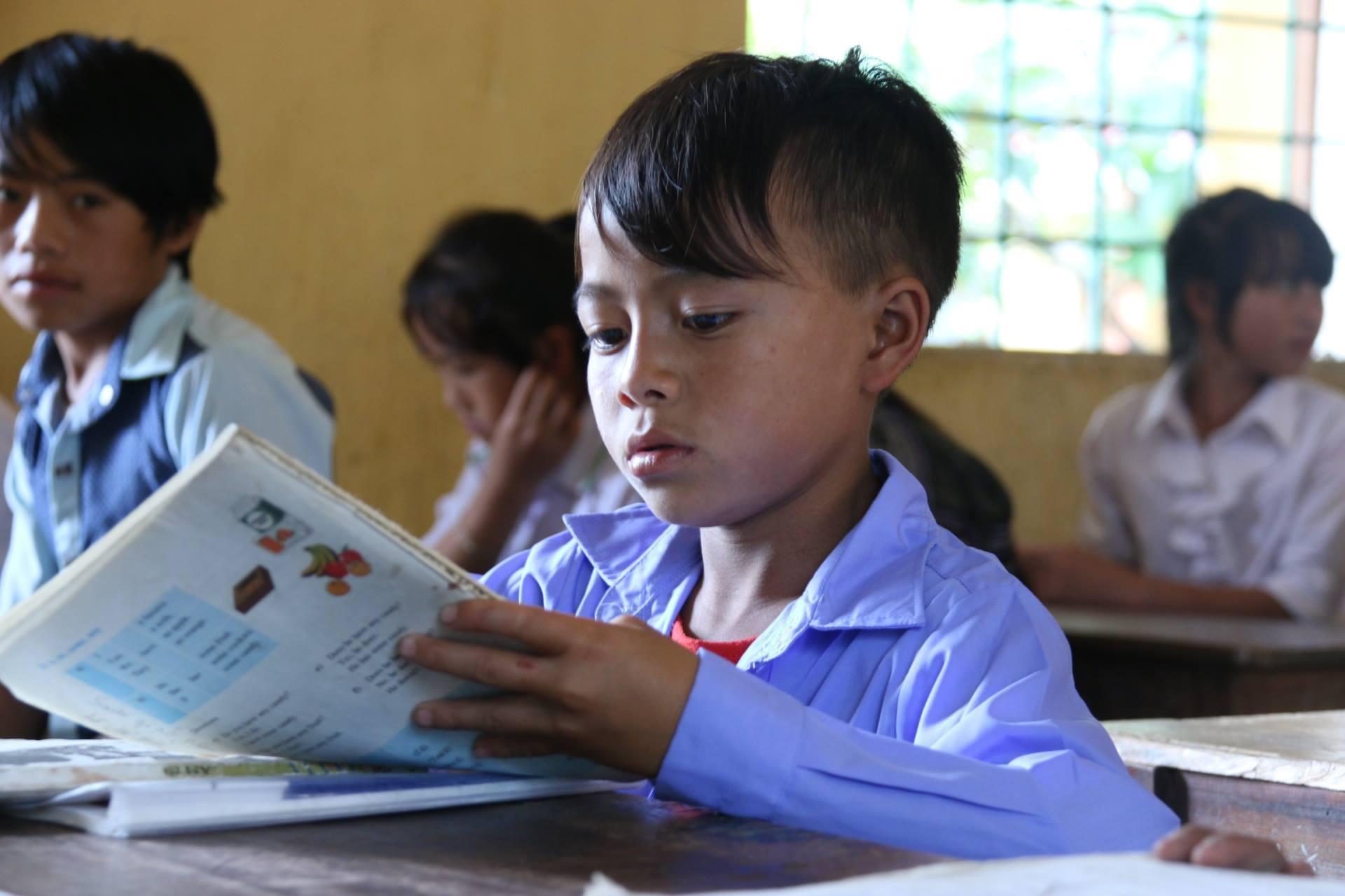 'Bộ Giáo dục nên chừa chỗ trống để giáo viên, trường học...điền vào' Ảnh 1