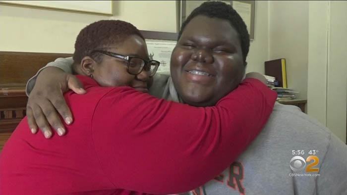 Cậu bé vô gia cư, con của mẹ đơn thân đỗ 17 trường đại học ở Mỹ Ảnh 2