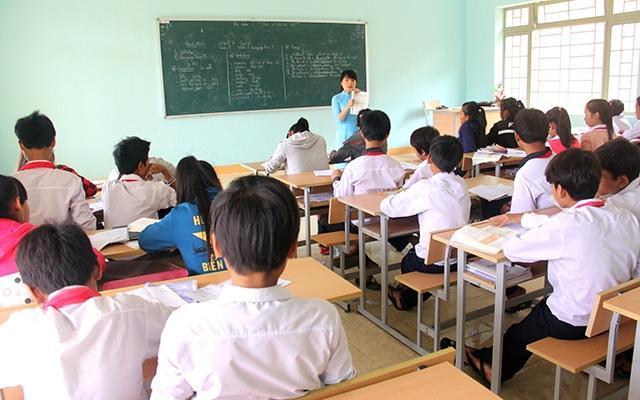Hỗ trợ học sinh nghèo, khuyết tật người dân tộc thiểu số Ảnh 1