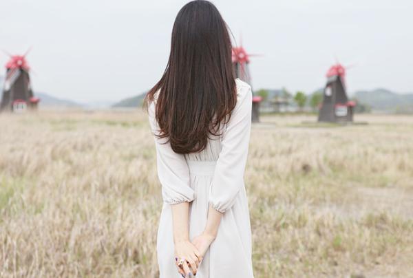 5 cách buông tay và ngừng yêu một người đã không thuộc về mình Ảnh 3