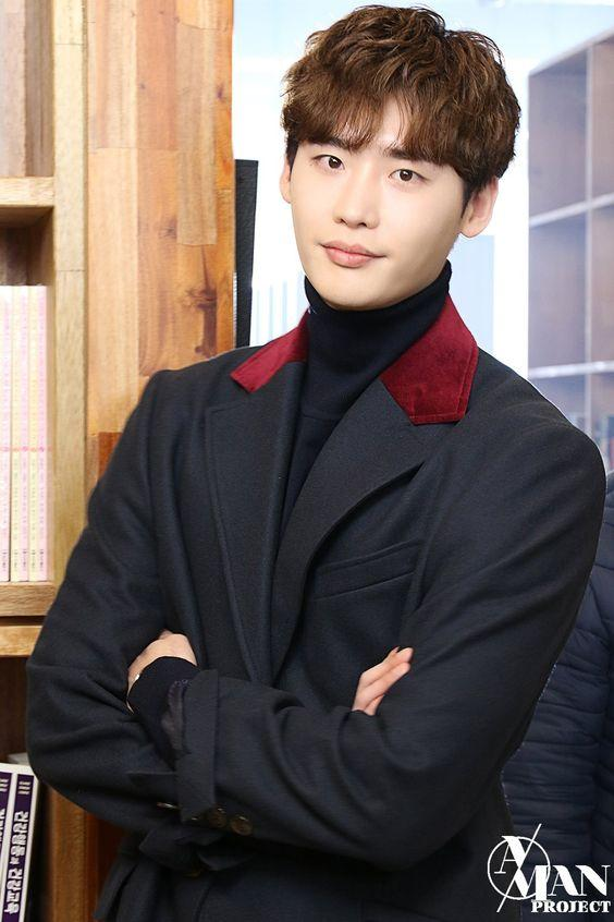 Trong lúc đang nhập ngũ, hình xăm của Lee Jong Suk chụp cho tạp chí Ceci 2014 bỗng gây sốt trở lại Ảnh 9