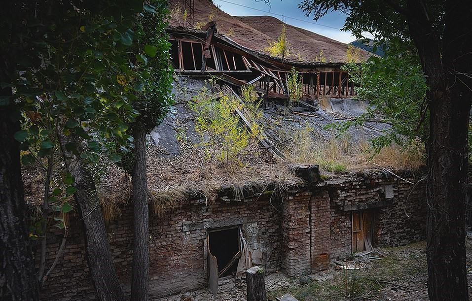 Sự hoang tàn như ngày tận thế của vùng đất một thời hưng thịnh Ảnh 10