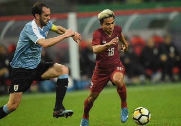 Thái Lan về nhì ở cúp tứ hùng sau trận thua 0-4 trước Uruguay Ảnh 1