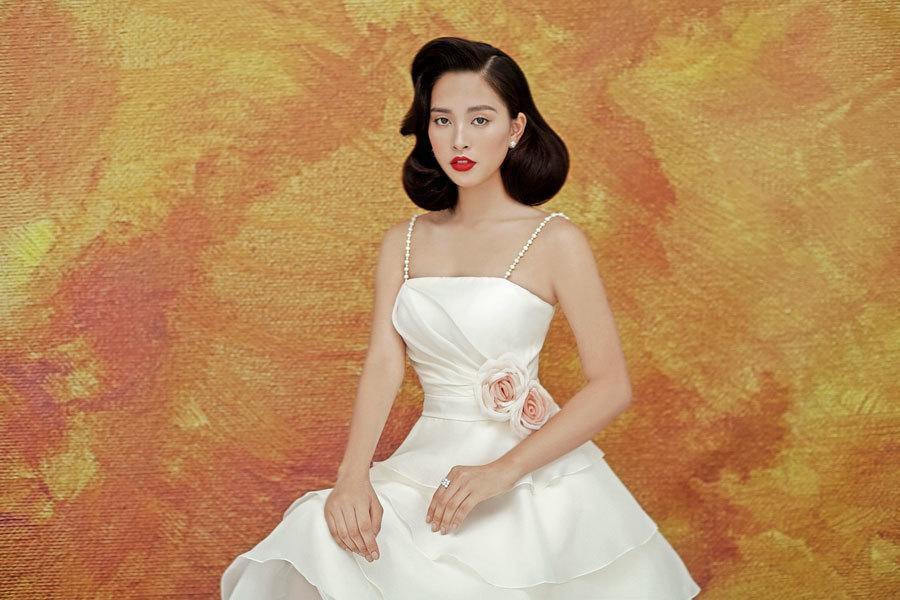 Hoa hậu Tiểu Vy lấp ló ngực đầy với đầm cắt xẻ Ảnh 5