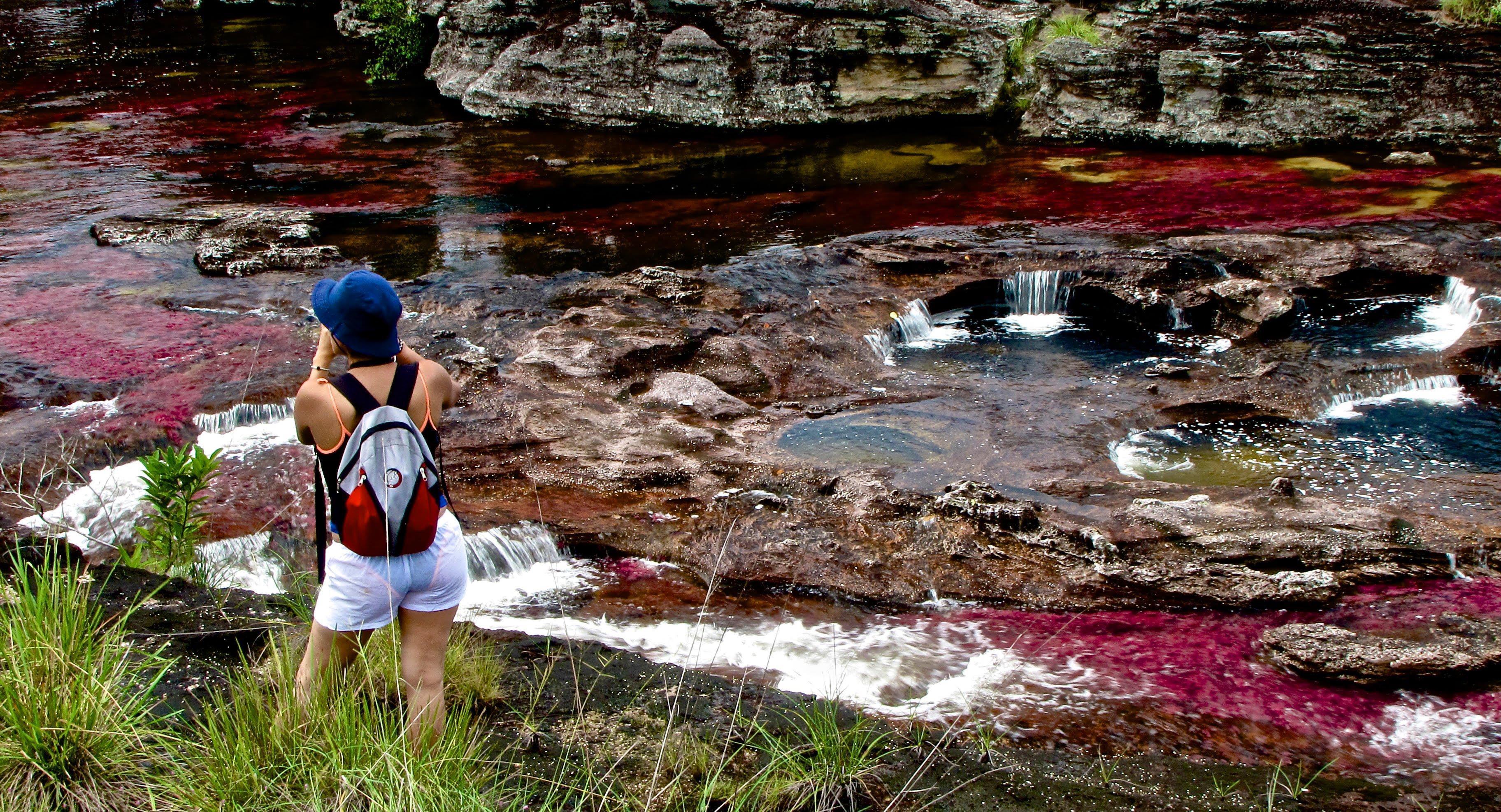 Dòng sông đẹp nhất thế giới 'chảy xuống từ thiên đường' Ảnh 6