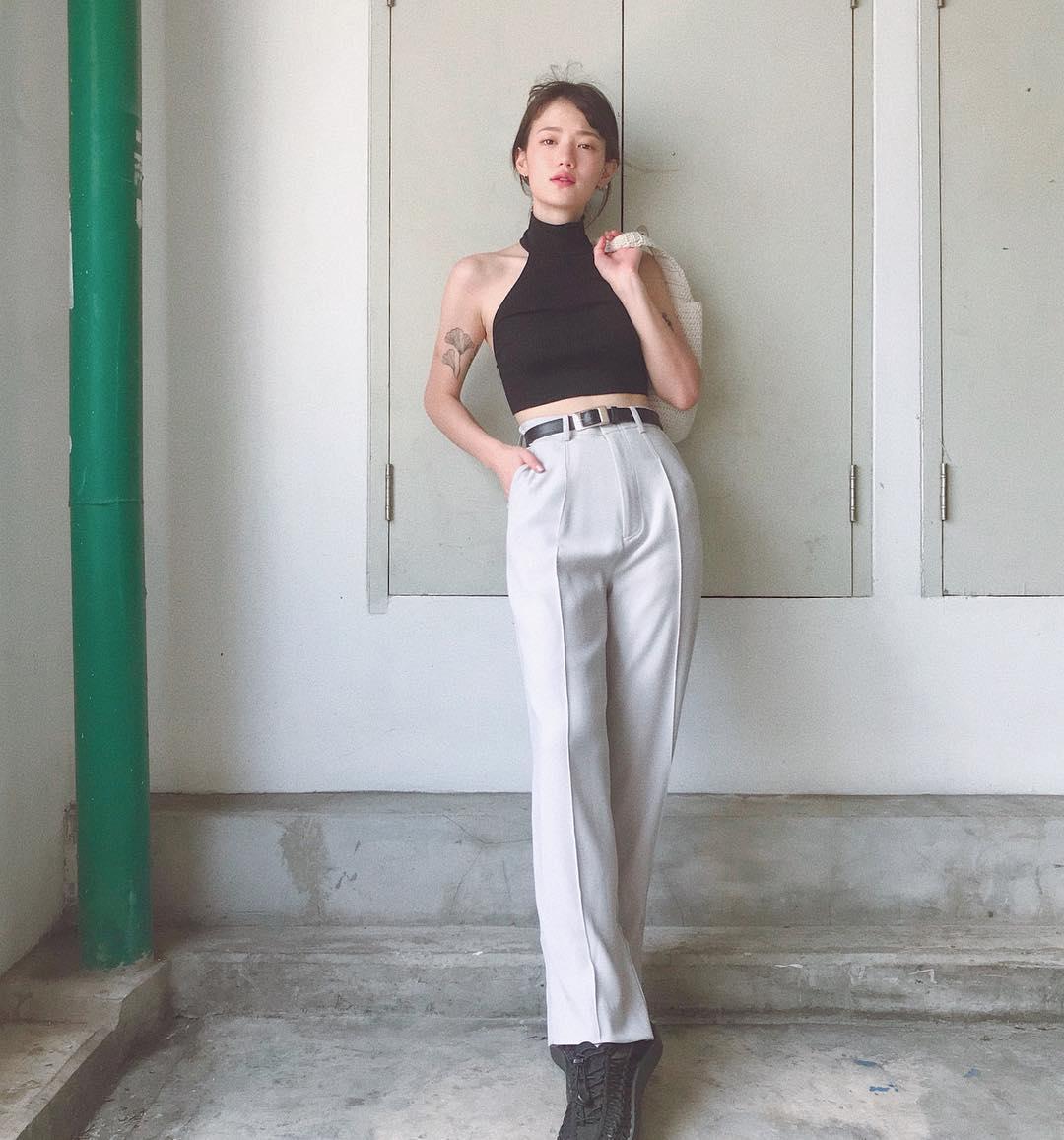 Hot girl Thái Lan chỉ mặc đồ cơ bản, giá rẻ bèo vẫn nổi khắp châu Á Ảnh 10