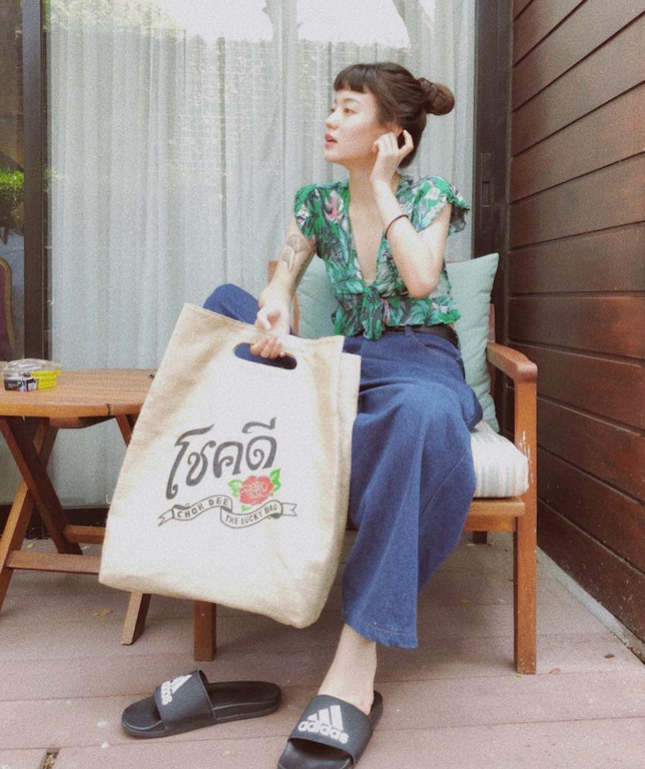 Hot girl Thái Lan chỉ mặc đồ cơ bản, giá rẻ bèo vẫn nổi khắp châu Á Ảnh 7