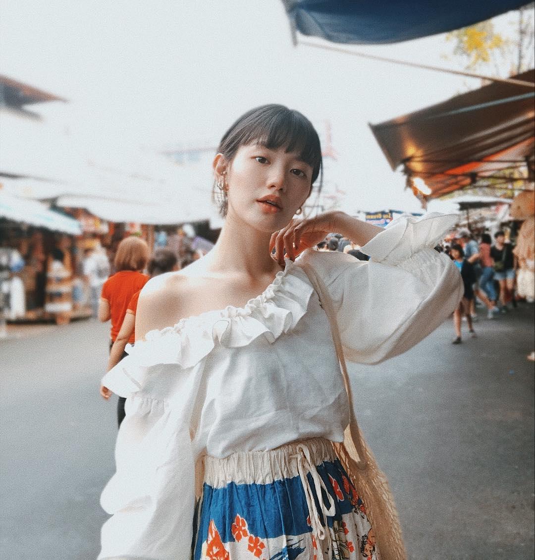 Hot girl Thái Lan chỉ mặc đồ cơ bản, giá rẻ bèo vẫn nổi khắp châu Á Ảnh 13