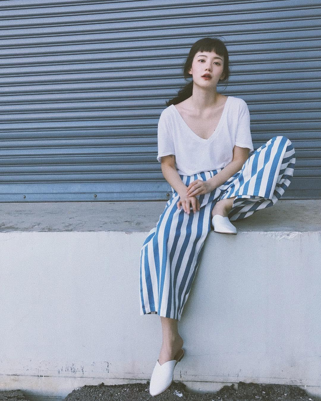 Hot girl Thái Lan chỉ mặc đồ cơ bản, giá rẻ bèo vẫn nổi khắp châu Á Ảnh 5