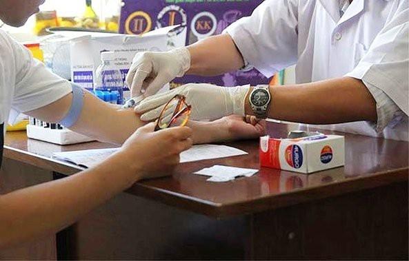 TPHCM: Bị người lạ tấn công, 10 bệnh nhân phải điều trị phơi nhiễm HIV Ảnh 1