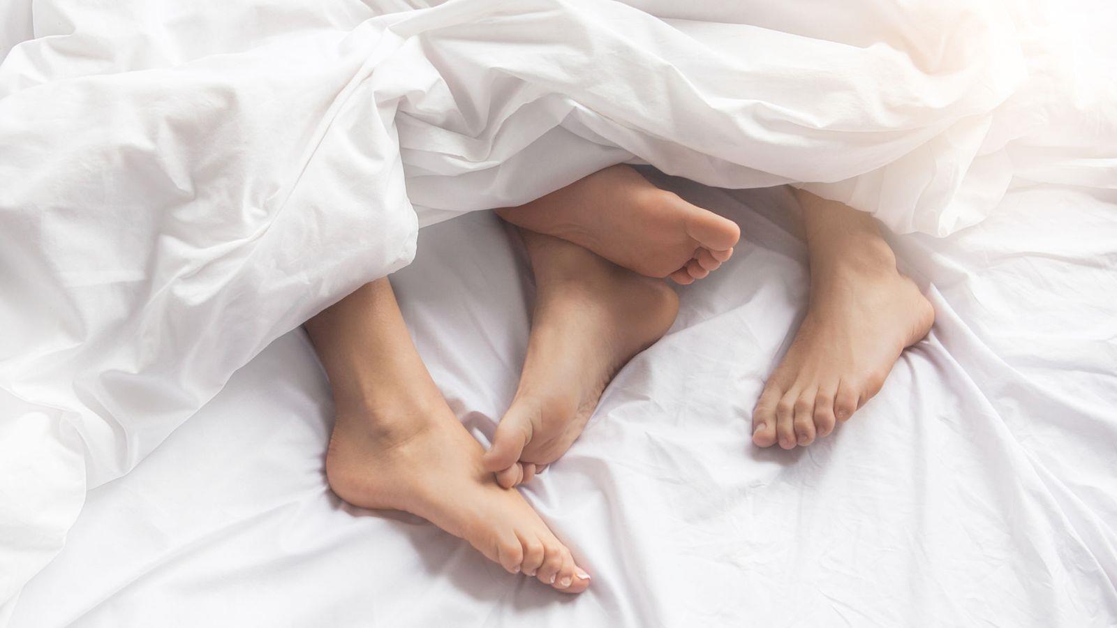 1/4 thanh niên Nhật Bản chưa từng quan hệ tình dục khác giới Ảnh 1