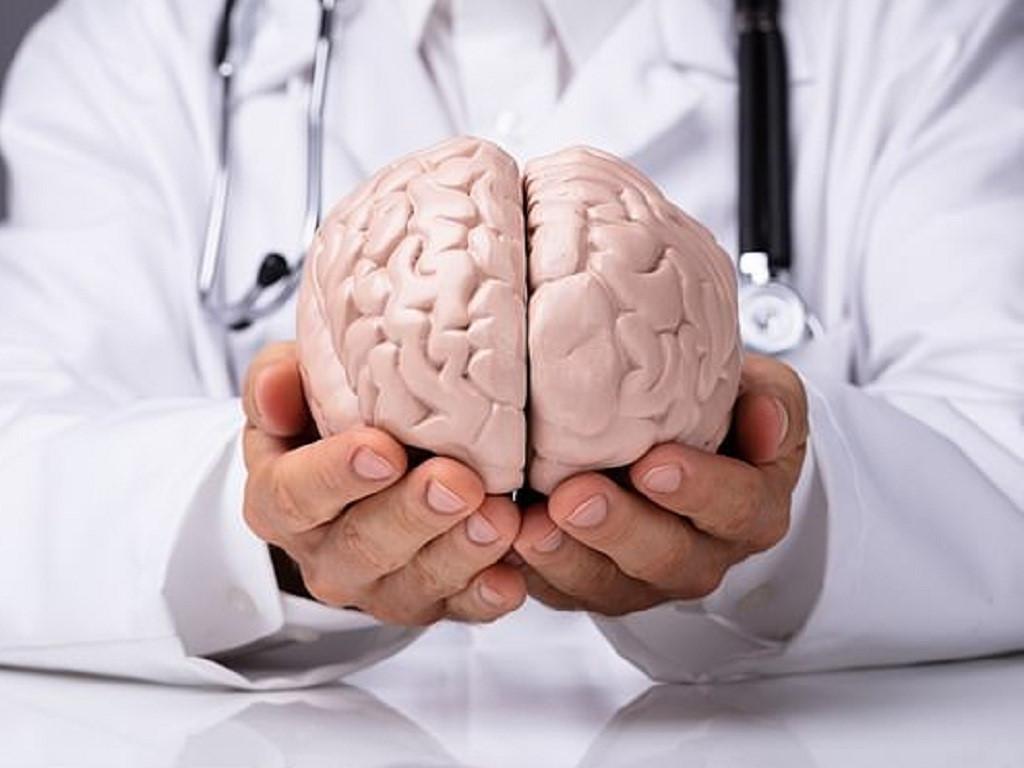 Cách phân biệt triệu chứng của đột quỵ và phình mạch não? Ảnh 1