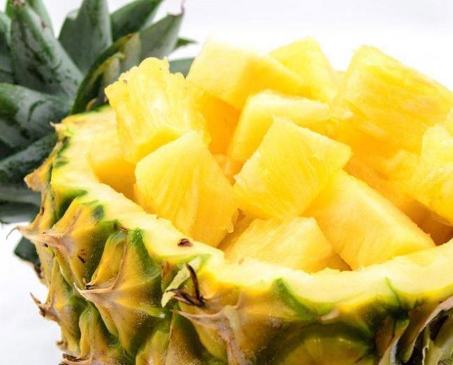 Mỗi ngày ăn một trái thơm: Lợi hay hại? Ảnh 2