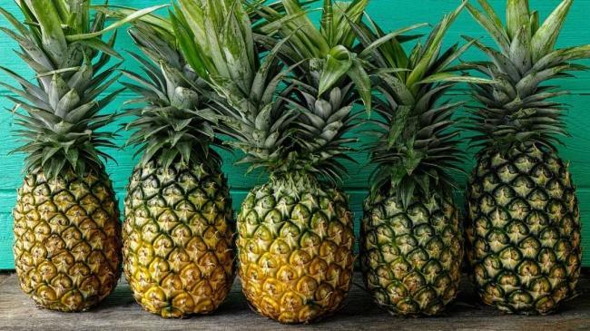 Mỗi ngày ăn một trái thơm: Lợi hay hại? Ảnh 1