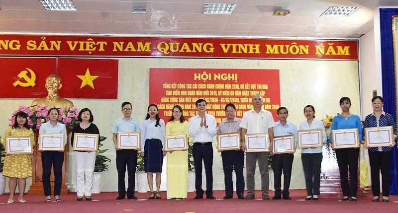 Quận Tân Bình: Buổi tối dân vẫn có thể lên phường nộp hồ sơ Ảnh 3