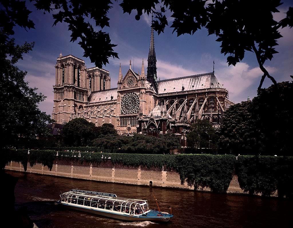 9 điều bạn cần biết về Nhà thờ Đức Bà Paris Ảnh 1