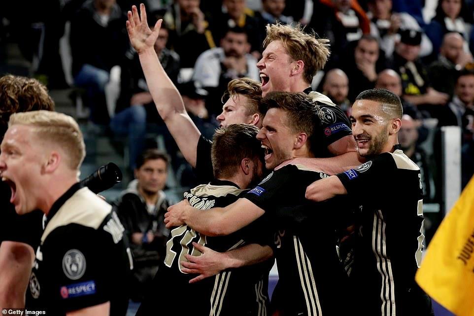 HLV Ajax: 'Juventus đã sợ hãi' Ảnh 1