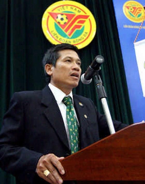 Ông Dương Văn Hiền: 'Kiên quyết đối với những hành vi bạo lực trên sân cỏ' Ảnh 2