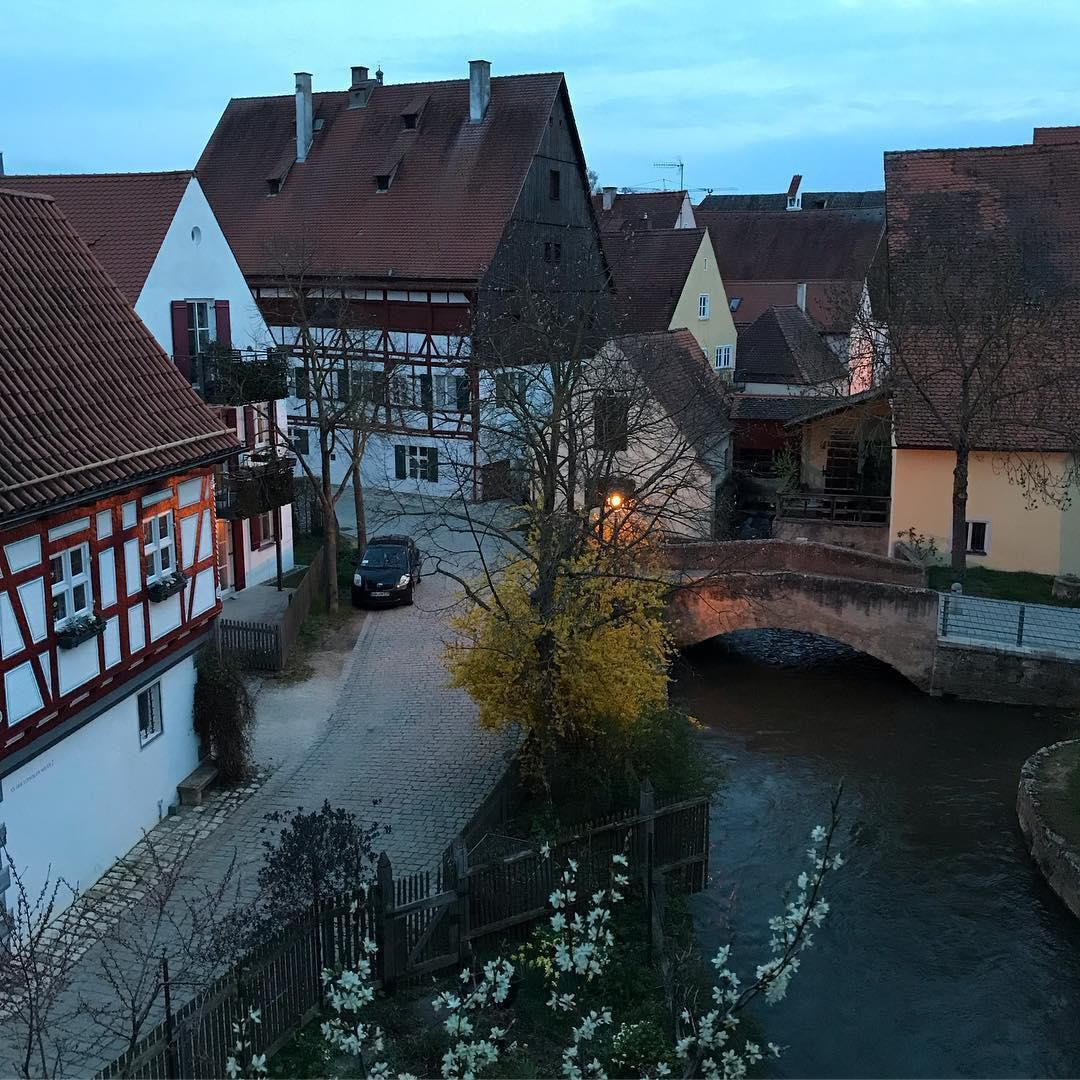 Thị trấn 'dát' 72.000 tấn kim cương ở Đức Ảnh 8