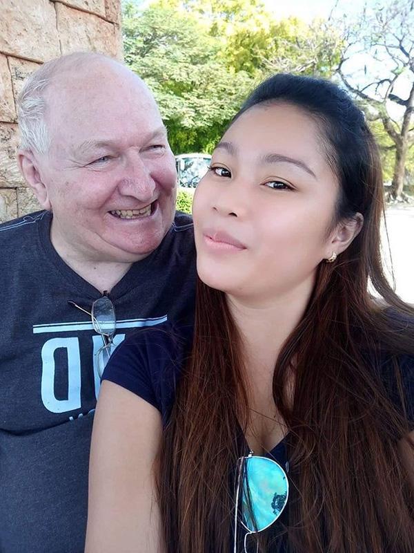 Quen nhau qua mạng, cô gái 23 tuổi quyết định yêu và cưới ông lão U70 Ảnh 1