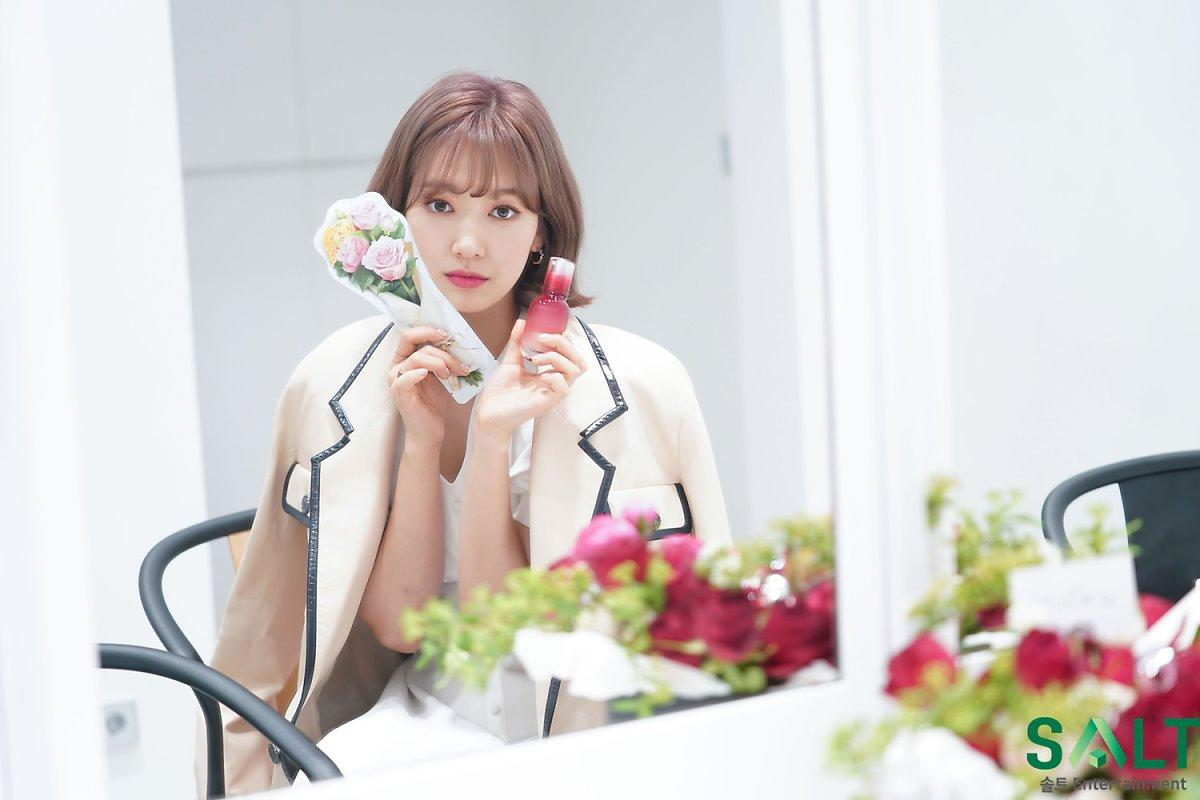 'Nữ thần tháng Tư' Park Shin Hye đẹp xuất sắc trong bộ váy trắng tinh khôi Ảnh 15