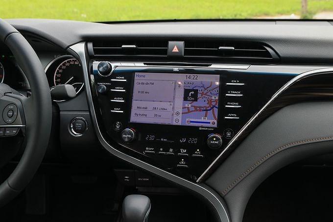 Toyota Camry 2019: Thiết kế trẻ trung, phá cách và đậm chất thể thao hơn Ảnh 8