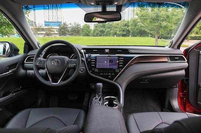 Toyota Camry 2019: Thiết kế trẻ trung, phá cách và đậm chất thể thao hơn Ảnh 5