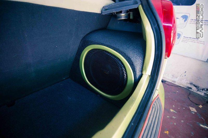 Dân chơi trang bị hệ thống âm thanh 100 triệu đồng cho chiếc Chevrolet Spark chỉ 150 triệu Ảnh 2