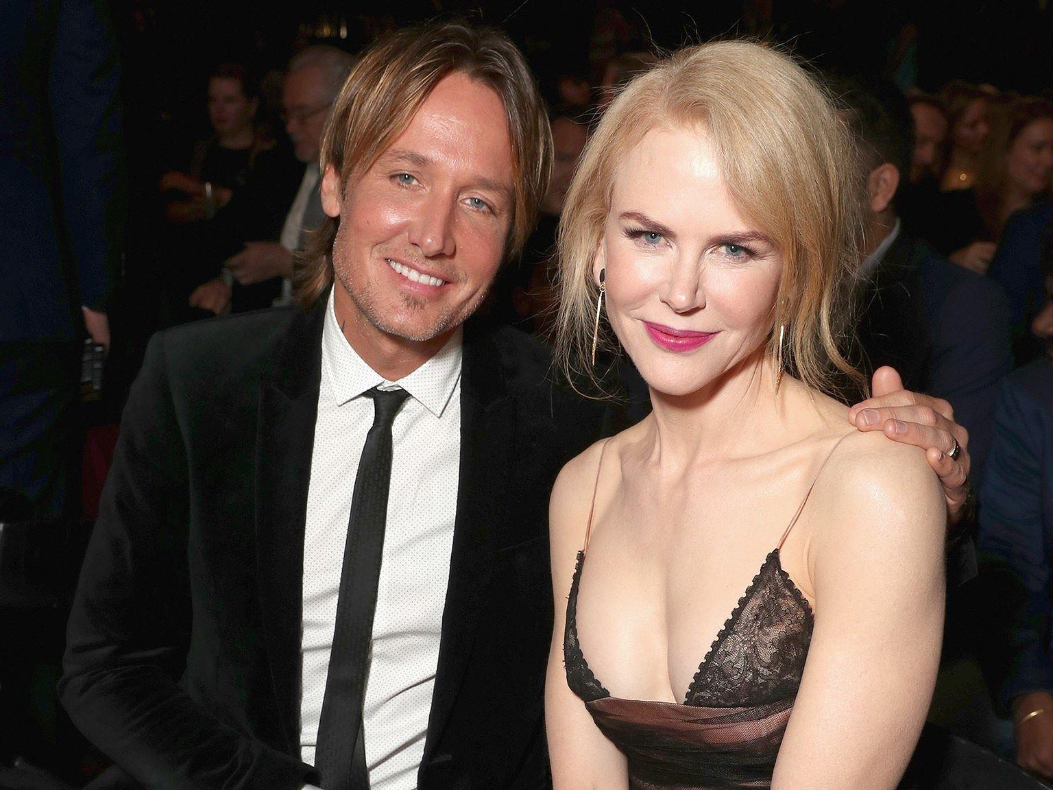Ngỡ ngàng ngắm Nicole Kidman tóc tém, không nội y quá nóng bỏng Ảnh 12