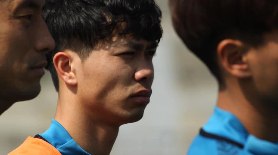 Công Phượng mất chỗ Incheon United: Thầy chê, đồng đội quay lưng... Ảnh 2