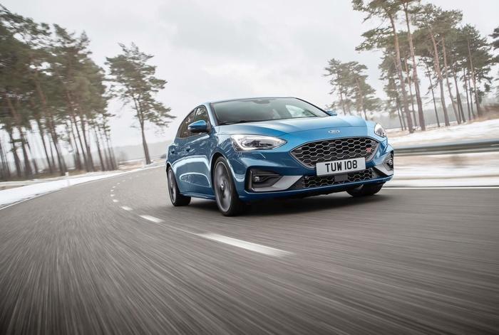 Ford Focus ST 2019 mở bán tại Anh, giá từ 888 triệu đồng Ảnh 2