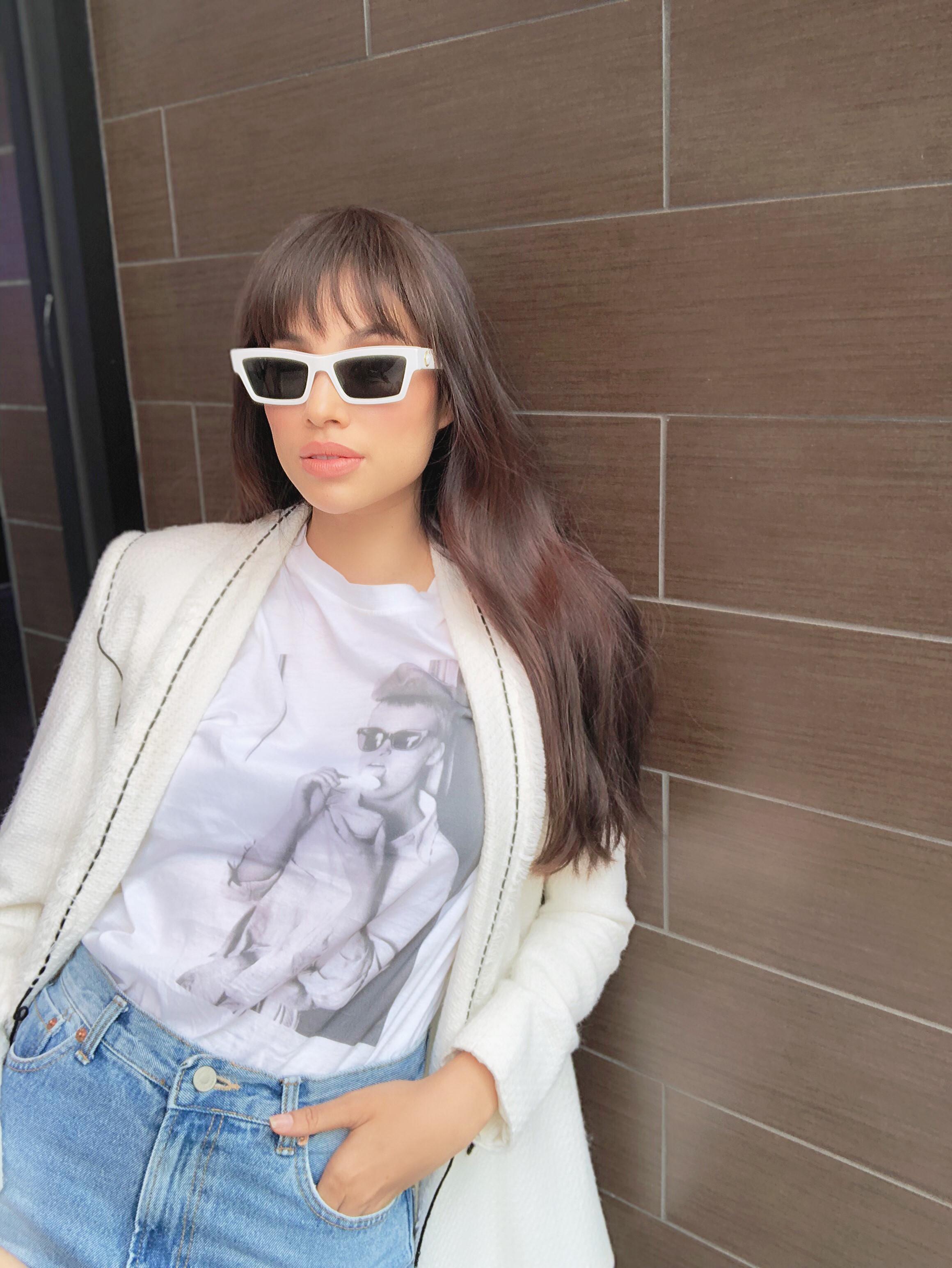 Hoa hậu Phạm Hương lên tiếng khi bị nhận xét ăn mặc quá sexy Ảnh 2