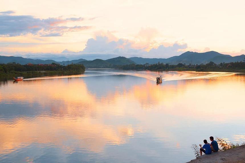 Có bao nhiêu cây cầu bắc qua sông Hương? Ảnh 4