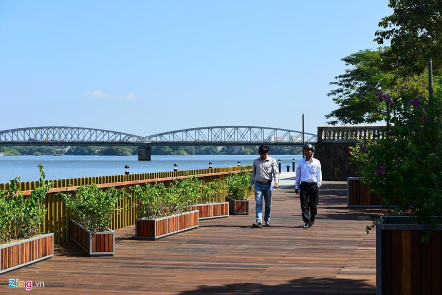Có bao nhiêu cây cầu bắc qua sông Hương? Ảnh 3
