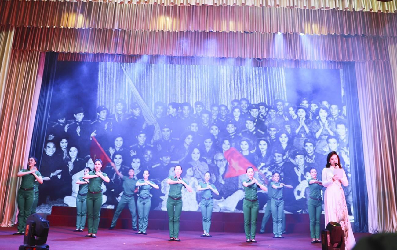 6 đơn vị phụ nữ quân đội lắng đọng với những kỷ niệm về Chủ tịch Hồ Chí Minh Ảnh 3