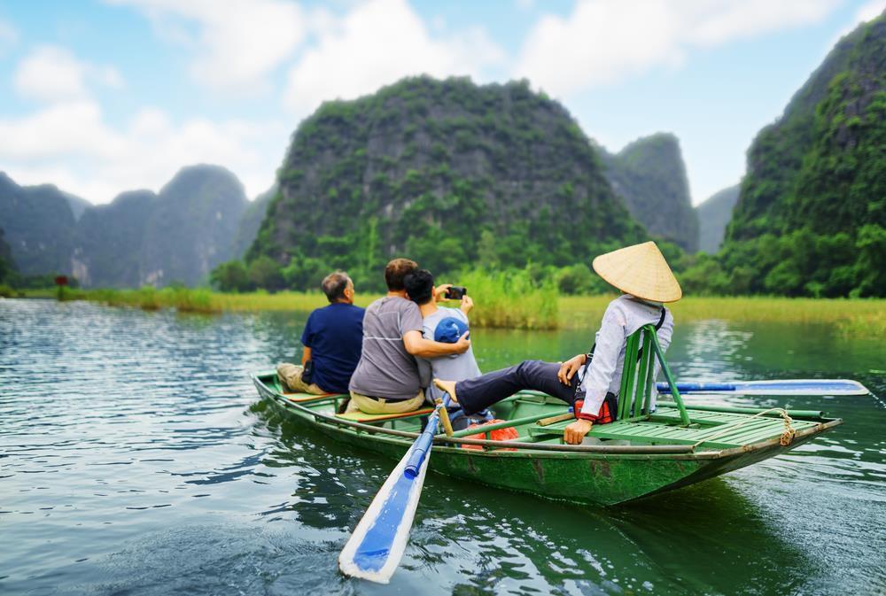 Dọc miền đất nước khám phá cảnh đẹp Ninh Bình, Huế, Đà Lạt Ảnh 1