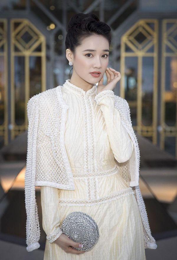 Khắc hẳn Ngọc Trinh, Nhã Phương, Tuyết Nga, Lý Nhã Kỳ khiến fan tự hào vì mang văn hóa Việt tới Cannes Ảnh 6