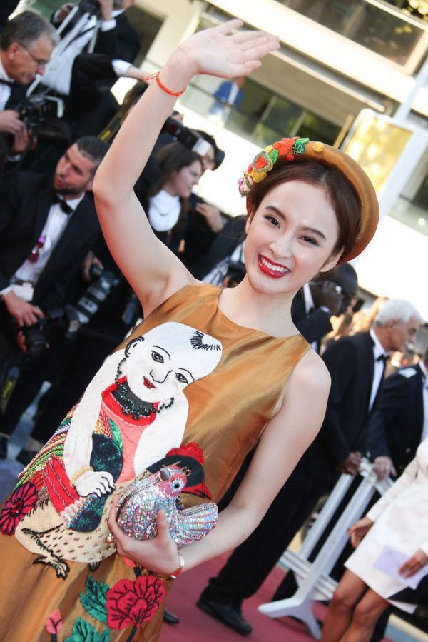 Khắc hẳn Ngọc Trinh, Nhã Phương, Tuyết Nga, Lý Nhã Kỳ khiến fan tự hào vì mang văn hóa Việt tới Cannes Ảnh 8