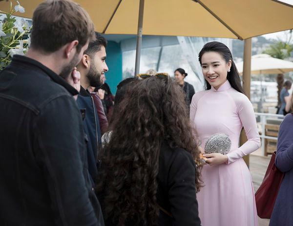 Khắc hẳn Ngọc Trinh, Nhã Phương, Tuyết Nga, Lý Nhã Kỳ khiến fan tự hào vì mang văn hóa Việt tới Cannes Ảnh 5