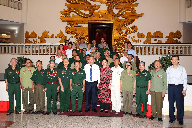 Phó Thủ tướng Trương Hòa Bình tiếp Đoàn người có công tỉnh Nghệ An Ảnh 3