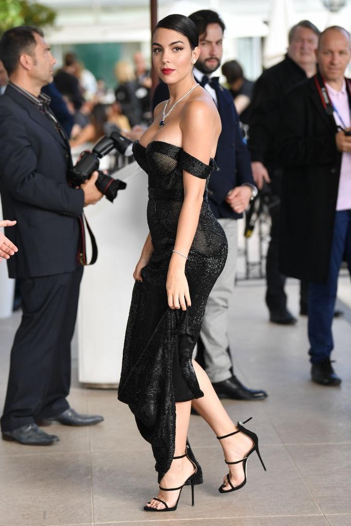 Người yêu Ronaldo xuất hiện sang chảnh tại Cannes 2019 Ảnh 3