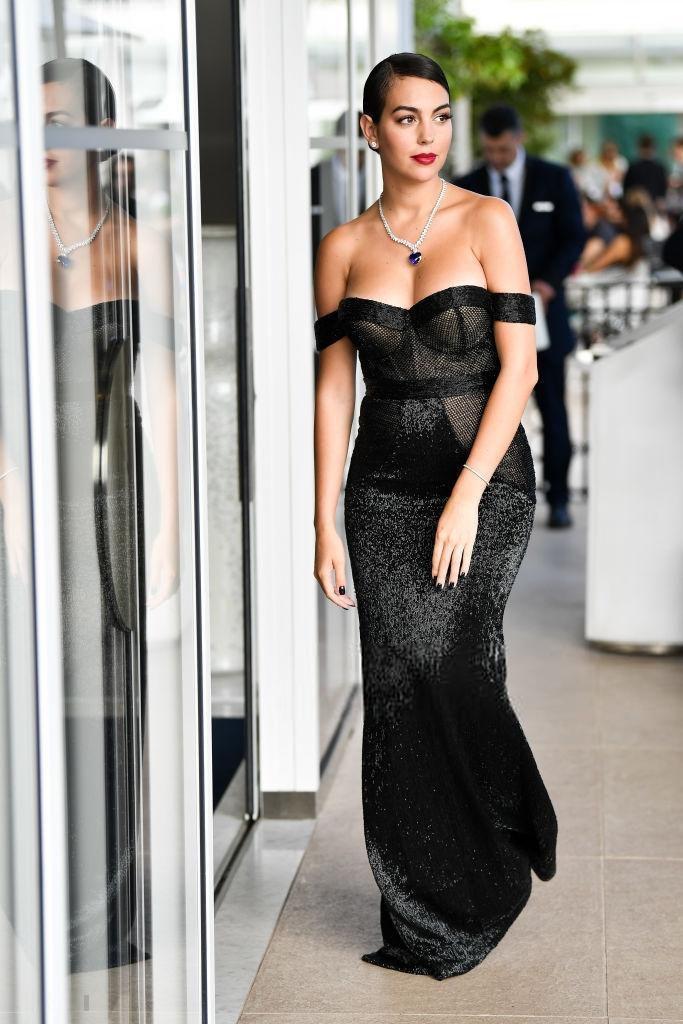 Người yêu Ronaldo xuất hiện sang chảnh tại Cannes 2019 Ảnh 4