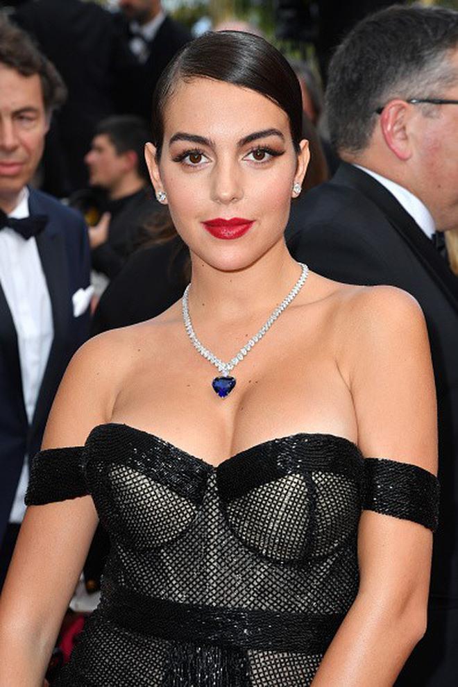 Người yêu Ronaldo xuất hiện sang chảnh tại Cannes 2019 Ảnh 5